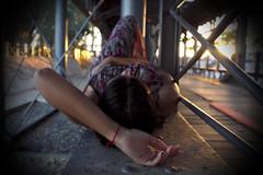 Sole 9 (Jezabel Galn) Tags: modelo model mujer woman huelva ra muelle del tinto luz light jezabel sky canon rflex