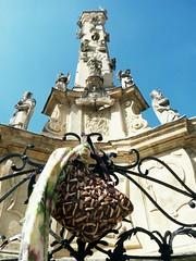 DL02 (DLMDW) Tags: hungary magyarorszg veszprm szenthromsg szobor templom