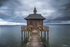 la cabane du lac (Romain BRUOT Photographies) Tags: cabane ponton bois lac neuchtel suisse switzerland poselongue longexposure leefilters lee nikon nikond750 sigma sigmaart24mm
