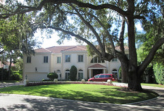 Sarasota - Mansion in The Landings (roger4336) Tags: house tree oak florida landscaping liveoak sarasota 2012 peregrine thelandings landings peregrinepointcircle