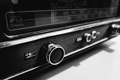 Old School Radio (FXTC) Tags: old school white black digital radio stuttgart royal gr weiss iv ricoh schwarz