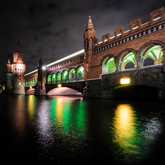 festival of lights study I (Tafelzwerk) Tags: longexposure bridge reflection berlin night clouds reflections river wasser metro nacht wolken sigma festivaloflight ubahn brcke fluss spree reflexion festivaloflights oberbaumbrcke langzeitbelichtung longtimeexposure fol sigma816mm