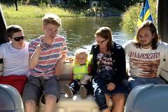 sommarlov (two heartbeats) Tags: friends boat sweden vnern bt kllands