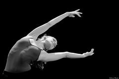 Come to me (Sonia Montes) Tags: bw ballet white black byn blancoynegro canon bn bailarina soniamontes
