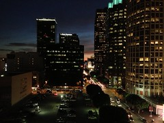 Sunset Downtown II (Omar Omar) Tags: california ca sunset sky usa sun sol atardecer soleil losangeles twilight downtown puestadesol figueroa dtla highrises anochecer californie usofa ngeles   figat7th