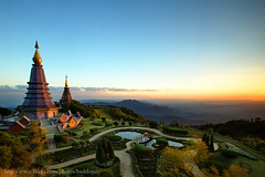 Great Pagoda of Doi Inthanon (baddoguy) Tags: park travel mountain tourism nature forest landscape thailand pagoda waterfall view landmark icon images national getty chiangmai northern iconic gettyimages chedi doi inthanon เชียงใหม่ ไทย ท่องเที่ยว ประเทศ เจดีย์ พระธาตุ อินทนนท์ เหนือ ดอย อุทยาน แห่งชาติ naphamethinidon ภาค ภูมิทัศน์ napaphonphumisiri นภเมทินีดล นภพลภูมิสิริ gettyimagesstock