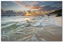 Un sueo de atadecer. (Francisco J. Prez.) Tags: naturaleza nature night mar cielo cdiz playas sigma1020mm playasdetarifa pentaxart pentaxk5 franciscojprez