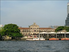 Old Customs House (suavehouse113) Tags: building architecture river thailand boats pier dock tour bangkok customshouse philscamera chaophrayariver rivercruise bangrakfirestation