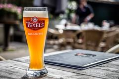 I only drink beer on days that end in Y! (Peter Jaspers) Tags: frompeterj 2016 olympus zuiko omd em10 1240mm28 texel wadden waddeneiland oosterend bier beer texelsbier skuumkoppe glass dof bokeh texelsebierbrouwerij hetcafeetjeoosterend beverage