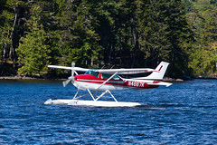 Fletcher Mountain Aviation Cessna 182P N4667K (jbp274) Tags: greenville greenvilleseaplaneflyin flyin 52b airplanes seaplane floatplane lake water cessna c182 skylane mooseheadlake