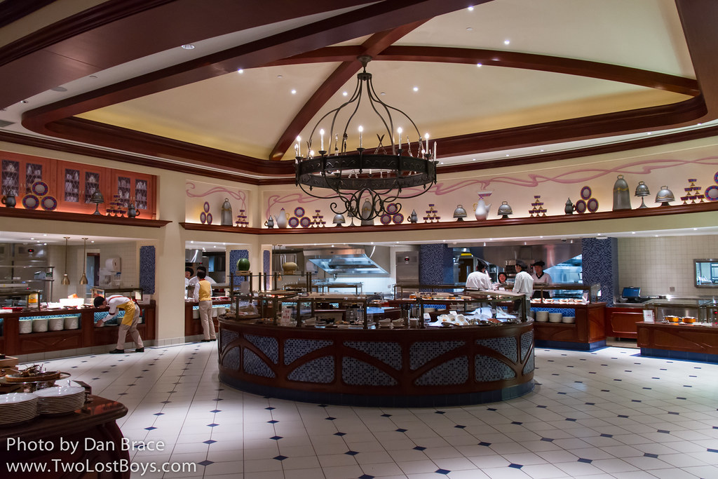 Lumiere\'s Kitchen at Disney Character Central