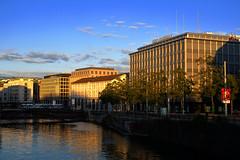 Genève (JBGenève) Tags: suisse switzerland genève geneva banques banks quartierdesbanques rhône