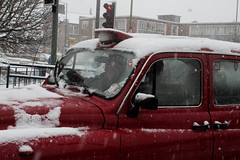Snow in Kent (Che-burashka) Tags: street uk winter light red england people snow weather kent traffic candid taxi can driver snowing dartford fromarchives canonef28mmf18usm