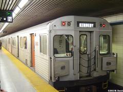 TTC 5842 (magnetboy1) Tags: ttc subwaycar bloordanforthline 5842 blooryongestation 198689utdccancarrailh6