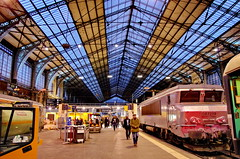 Paris Gare d'Austerlitz le matin 2 (paspog) Tags: paris matin morning ammorgen garedausterlitz gare austerlitz france