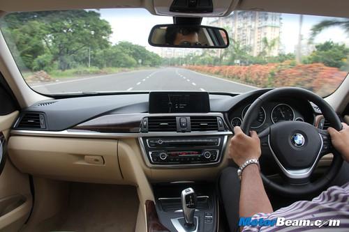2012-BMW-320d-F30-58