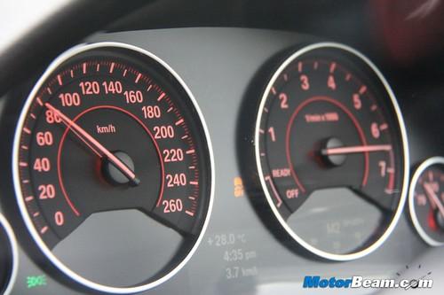 2012-BMW-328i-25