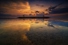 Low Tide at Pantai Karang (eggysayoga) Tags: sea seascape color reflection water night sunrise landscape nikon hard tokina 09 lee lowtide bale graduated waterscape gnd neutraldensity 1116mm d7000 sekepat pwpartlycloudy