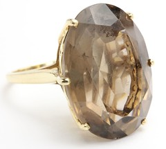 1027. Large Gold and Smokey Quartz Ring