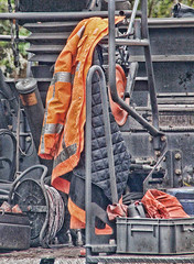 Weg-Werkers (gill4kleuren) Tags: road people orange netherlands leiden workers iron machine oranje werkers merenwijk nederlan asfalteren