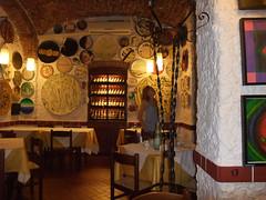 Ristorante Da Nicola at Savona (Steve Barowik) Tags: italy holiday beach bar port restaurant riviera fuji view harbour liguria finepix villa vista clours savona f100fd barowik stevebarowik sbofls26