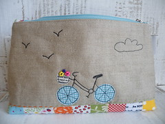 Pretty Little Pouch Swap - back (monaw2008) Tags: typewriter handmade fabric purse swap pouch zipper patchwork applique monaw monaw2008