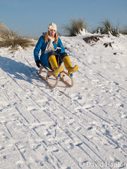 Woman sledging downhill (dave hanlon) Tags: family winter woman holiday snow playing cold speed fun outside outdoors happy vakantie lol dunes dune sneeuw hill familie joy kinderen fast kind mum recreation lachen moeder duinen vrouw pleasure awd lach exciting active sneeuwpret sledge sledging slee muts kou pret koud gezin duin spelen samen plezier relaxen uitrusten vakantiegevoel excitment gelukkig laarzen geluk handschoen vreugde duingebied ontspanning recreatie amsterdamsewaterleidingduinen dezilk ontspannen sleeen sleetje blijheid samenspelen samenzijn jongegezin