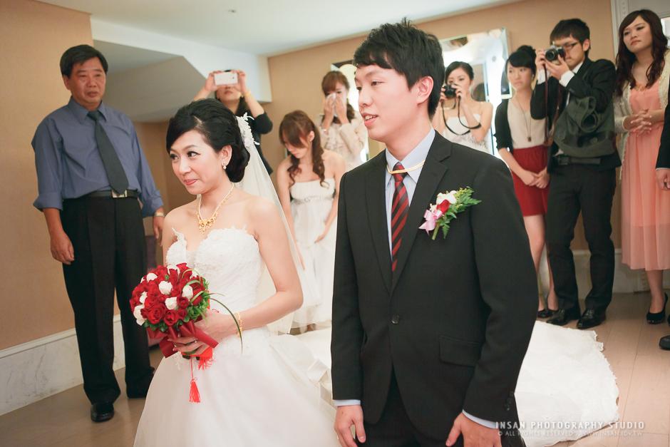 wed20121109_0680