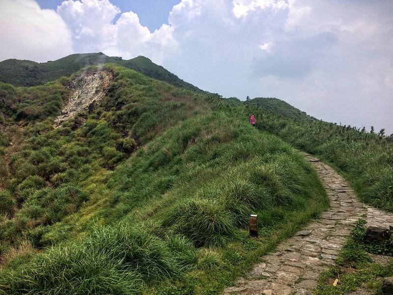七星主峰東峯步道