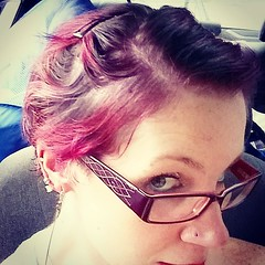 Today's hairdo turned out unexpectedly fabulous. Credit to my love @Kuldin for the cut and color (a custom blend of three Manic Panics), Herbal Essences and Big Sexy Hair for the styling products (mousse and wax), and Target for the glittery clips! #short (Jenn ) Tags: ifttt instagram