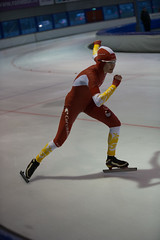 A37W7279 (rieshug 1) Tags: speedskating schaatsen eisschnelllauf skating nkjunioren knsb nkjuniorenallroundafstanden afstanden allround 50010001500massstart demeent alkmaar sportcomplexdemeent juniorenc ladies dames 500m