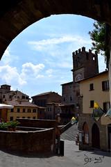 Cortona - Italy (Biagio ( Ricordi )) Tags: cortona toscana italy borghi