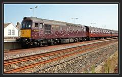 17.08.16 Weymouth 33207 Jim Martin.. (Tadie88) Tags: nikond7000 nikon18200lens weymouthstation weymouthdorset 33207jimmartin diesel locos railways tracks stations