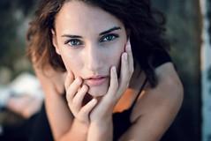 Mel (Be ppe) Tags: woman vogue paris parigi france venise 50mm veneto nikon fashion black eyes hsnds