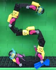 S (Laurene J.) Tags: lego bricksbythebay bbtb2016 minifigurealphabet minifigure minifigs legoalphabet alphabet pilobolusalphabet pilobolus lettering bbtb 2016 bricksofcharacter scuba swimmer snorkel