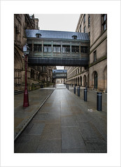 "Manchester's ""Bridge of Sighs"" (andyrousephotography) Tags: manchester townhall victorian neogothic manchestercitycouncil albertsquare lloydst corridors bridges bridgeofsighs venice trafficfree cars vans vehicles"