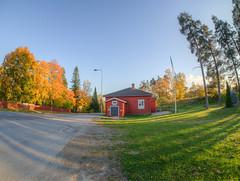 Pitjntupa (MikeAncient) Tags: hdr tonemapped tonemap 5exp mntsl finland suomi syksy fall autumn foliage syksynlehdet puu puut tree trees rakennus building