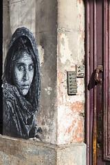 Conteur (Gerard Hermand) Tags: 1609054254 gerardhermand france bordeaux canon eos5dmarkii formatportrait femme papier paper woman visage face porte door rue street art streetart afghan girl