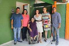 cf (cb_777a) Tags: amputee disabled handicapped onelegged crutches cancer survivor brazil