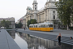 a moment of happiness - Kossuth Lajos tr (peter.velthoen) Tags: nprajzimzeum happiness beauty budapest street tram reflection water square summer awonderfulmoment schnheit beaut szpsg boldogpillanat toeval vletlen coincidence architecture building outdoor