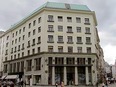 Looshaus, Wien (twiga_swala) Tags: vienna wien architecture modern square austria moderne wiener age architektur adolf loos austrian viennese looshaus michaelerplatz
