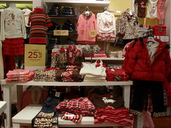 Gymboree (thinkretail) Tags: store magasin laden tienda boutique negozio gymboree apparel childrenswear autumn2012