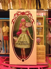 First Birthday Present (Jacob_Webb) Tags: tarina tarantino goldlabel tarinatarantinobarbie