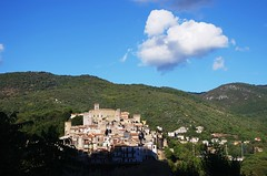 San Gregorio da Sassola (SS) Tags: camera blue autumn light sky italy white mountain tree verde green colors clouds composition contrast buildings landscape photography countryside town october shadows view angle pentax walk branches perspective scenic gimp cielo panoramica tones bianco lazio k5 celeste