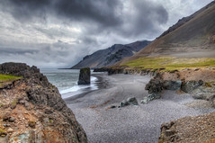 Black sand (Fil.ippo) Tags: travel sea seascape black water island iceland sand nikon mare vik acqua viaggio hdr filippo waterscape islanda d5000 filippobianchi