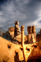 Attention - Casa Milà # 10, Antoni Gaudí (JoLoLog) Tags: barcelona spain modernism catalonia canoneos20d catalunya casamilà lapedrera moshe antonigaudí gothicstyle eixampledistrict geniusarchitect 92passeigdegràcia bestcapturesaoi