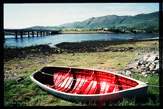 Red Boat (mrtungsten62-ON/OFF) Tags: uk film grass scotland nikon kodak explore lowtide ektachrome f50 dryland redboat onshore positivefilm volvo245 mrtungsten mrtungsten62 frankvandongen