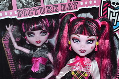Picture Day Draculaura vs School's Out Draculaura (baylinduh) Tags: pink fashion monster high doll dolls vampire dracula lolita fashiondoll mattel gothiclolita sweetlolita fashiondolls monsterhigh draculaura