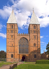 Southwell Minster (dolorix) Tags: england architecture cathedral gothic kathedrale gb architektur minster mnster gotik southwell normanstyle dolorix