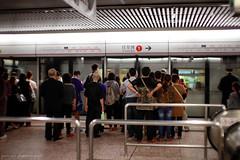 Queue (ojang jerry) Tags: city travel subway hongkong eos 50mm sigma transportation 香港 旅行 mtr traveldestination 5d2 摄影发烧友 flickrtravelaward